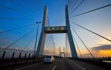 网络媒体新春走基层| 温州大桥实行全天候监测 健康状况一目了然