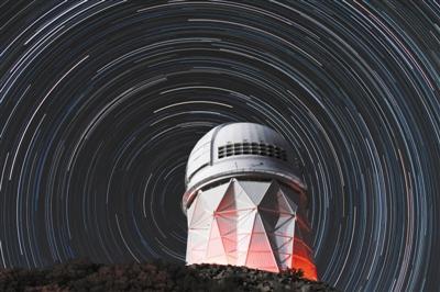 """""""最牛""""望远镜建设遇阻 天文学家与原住民共抢""""圣山"""""""