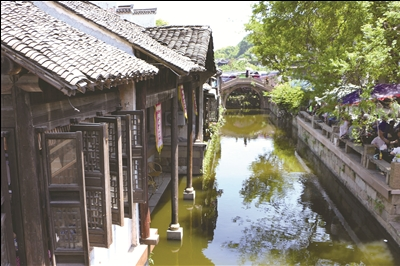 春风又绿江南岸 ——南京、扬州、无锡、苏州三日游 漫步惠山古镇