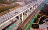 航拍年底通车的济南地铁r1线高架,犹如巨龙腾飞
