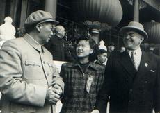 曾任新华社驻罗马尼亚首席记者 丁永宁