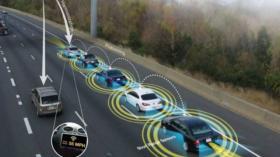 """丁磊欲打破自动驾驶局限性,华人运通铺全球首条""""智路"""""""