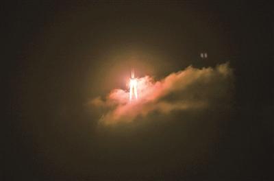 """森马助力长征五号发射 为试验队增添""""新装备"""""""