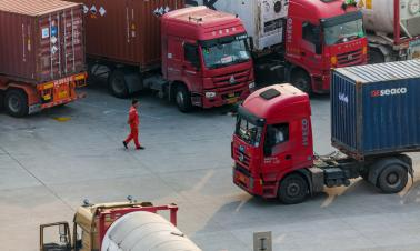 China's road cargo traffic expands in July