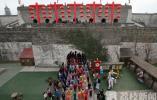 三八妇女节 百名旗袍爱好者走进中华门城堡展示旗袍魅力