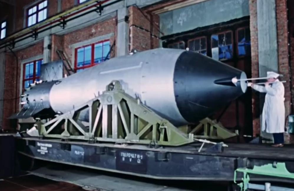 人类史上最大威力核弹试爆画面曝光!火球直径近20公里,从1000公里外都能看到