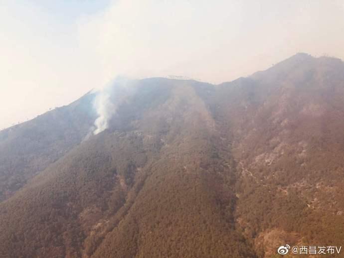 四川西昌泸山正面明火全部扑灭 取得阶段性成果