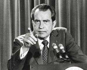 尼克松辞职