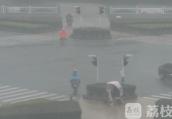 """""""利奇马""""预计今晚11点进入江苏 气象部门发布暴雨黄色预警"""
