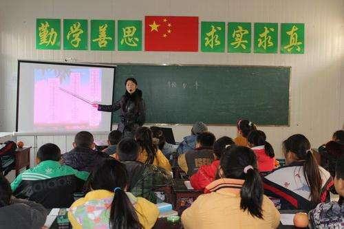 潘塘中心小学课堂教学一景